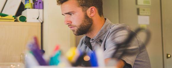 como manter a melhor postura no trabalho